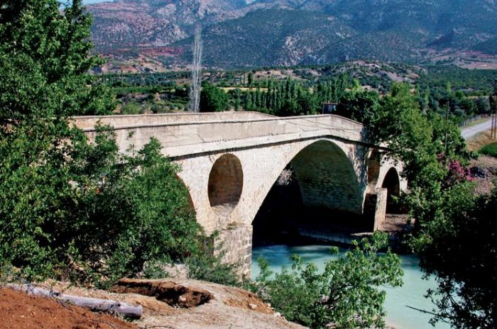 Karaman Köprüsü